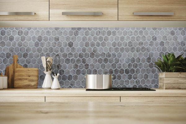 7-marble_mosaic_hexagon__silver-emprador_polished_shutterstock_www.thulahome.com_kithcen_roomscene_725918812